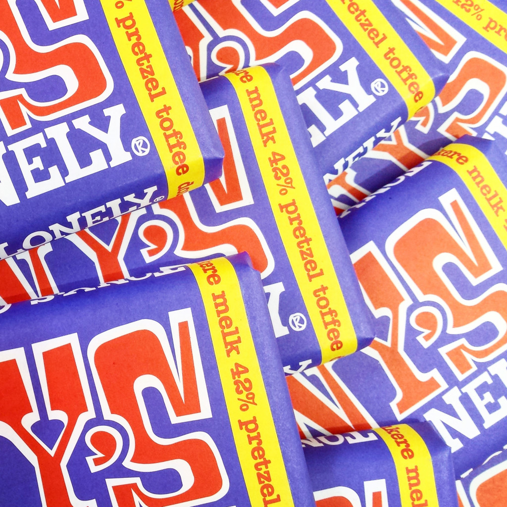 tony's chocolonely pretzel toffee